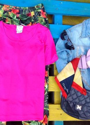 Laurel  премиум бренд,яркая малиновая футболка из 100% шелка