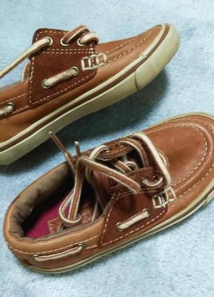Кожаные  фирменные туфли кеды 24/25 размер