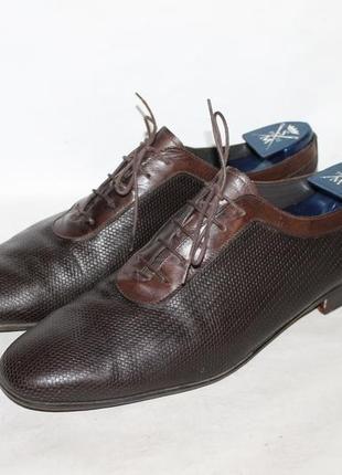 Оригинальные кожаные туфли fendi made in italy 11=45 размер