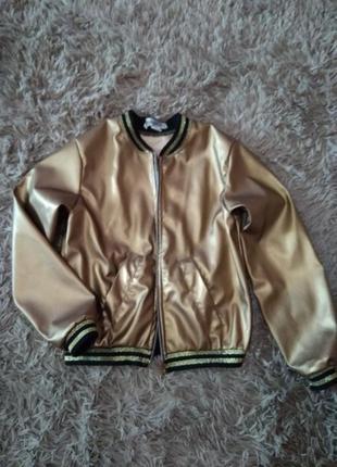Курточка-вітровка на дівчинку на 9-11 років