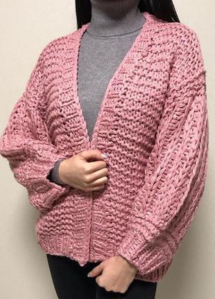 Женская вязанная кофта