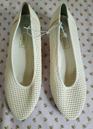 Белоснежные туфельки-балетки. размер-8 (38)