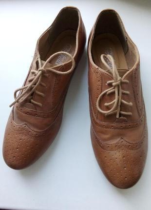 Кожаные удобные туфли оксфорды! успейте на скидку! 650-400!