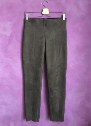 Замшеві штани кольору хакі від zara