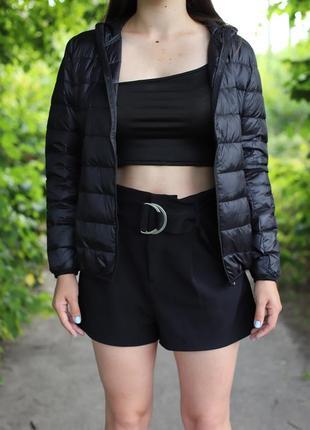 Новая женская черная курточка с биркой