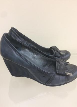 Туфли carinii