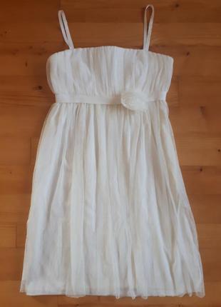 Нежное платье-бандо.