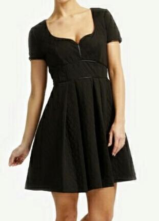 Продам платье mangano размер m