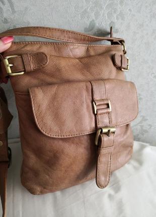 Красивая рыжая кожаная сумка f&f