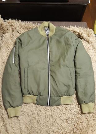 Бомбер - куртка