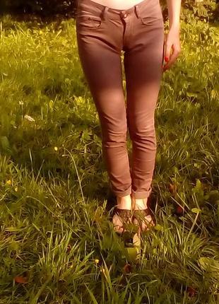 Стильные штаны-брюки