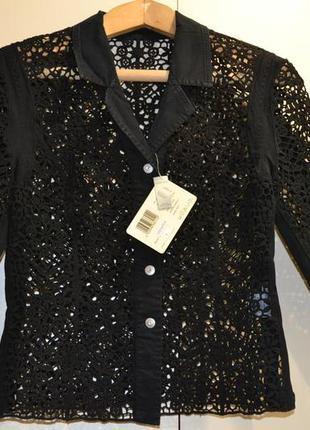 Ажурный пиджак на кнопках