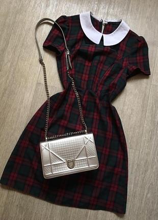 Платье в клетку с воротничком