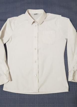 Классичкская рубашка на мальчика 140см