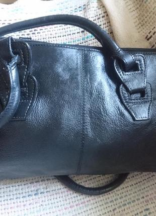 Кожаная сумочка 33*21 ручки 75см(код304)