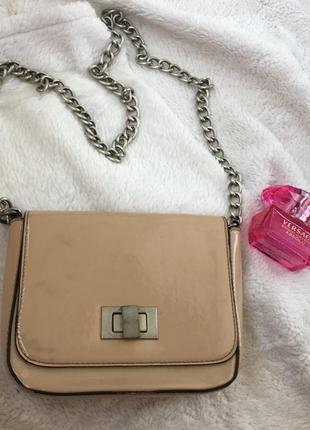 Клатч сумочка вечерняя бежевая топ сикрет top secret сумка лаковая цепь
