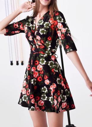 Платье на запах с цветочным принтом2 фото