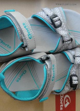 Спортивні сандалі clorts