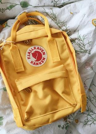 Яркий рюкзак канкен мини портфель fjallraven kanken mini сумка