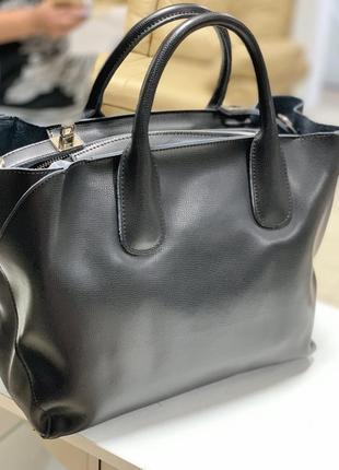 Стильная кожаная сумка!