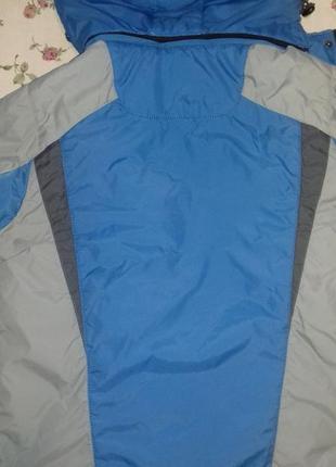 Куртка 134 140 см.
