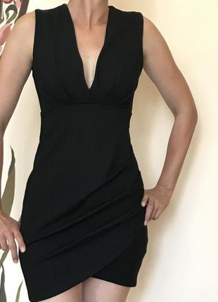 Новое черное платье xs.