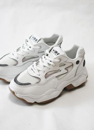 Женские белые кроссовки (кеды, крипперы) на толстой подошве 5см.
