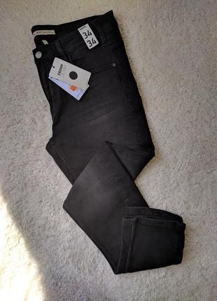 Новые тёмные джинсы