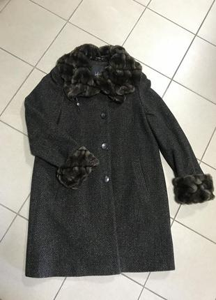 Пальто демисезонное шерсть стильное дорогой бренд kello размер м или 38