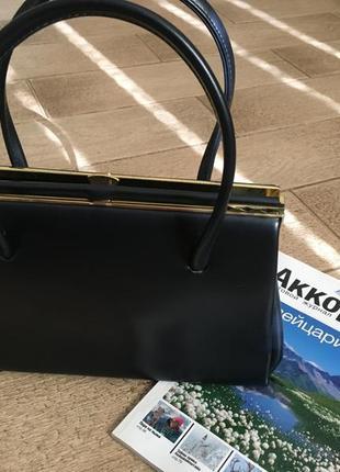 Елегантная красивая сумка