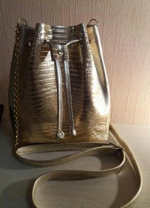 Золотая модная кожаная сумка мешок 30х25х8