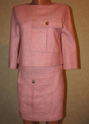Шерстяной костюм в стиле chanel, жакет и юбка
