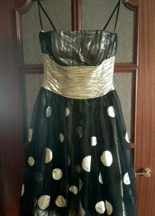 Выпускное/празничное платье beyond of jovani