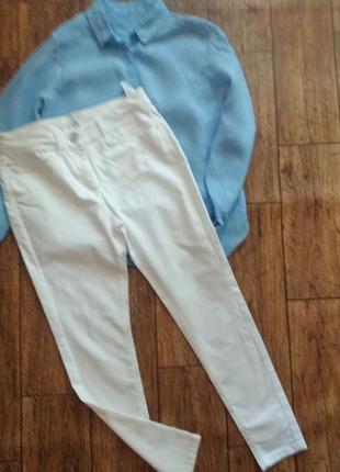 Белые джинсы джеггинсы от m&s
