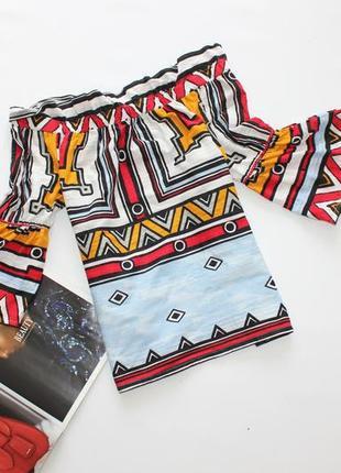 Красивый топ блуза с открытыми плечами принт оборки м 10