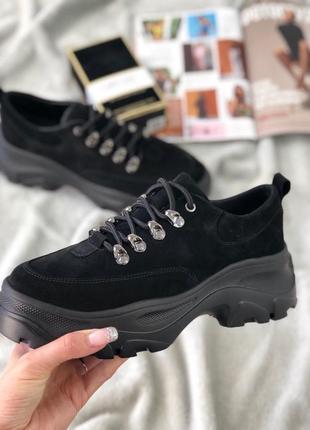 Черные кроссовки натуральная замша