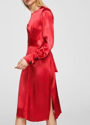 Атласное платье с запахом4 фото