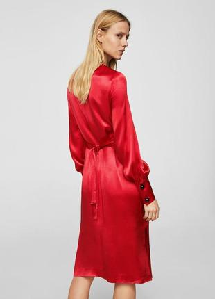 Атласное платье с запахом5 фото