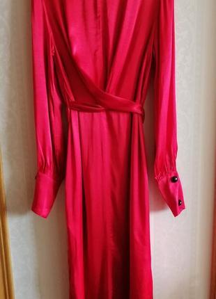 Атласное платье с запахом8 фото