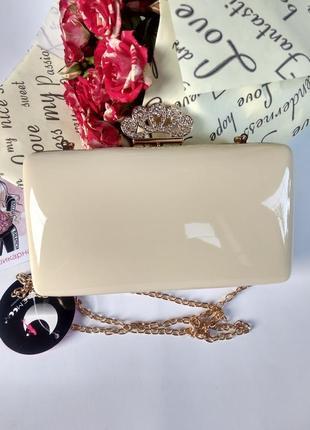 Вечерний клатч сумочка бежевая светлая из эко-кожи новая