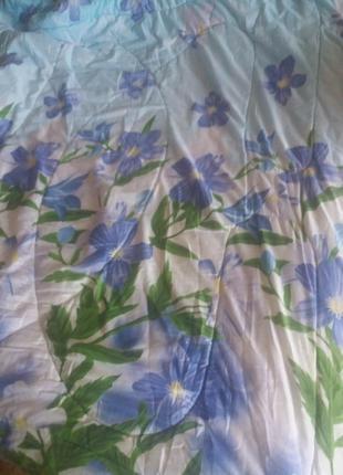 Продано двухспальное одеяло.