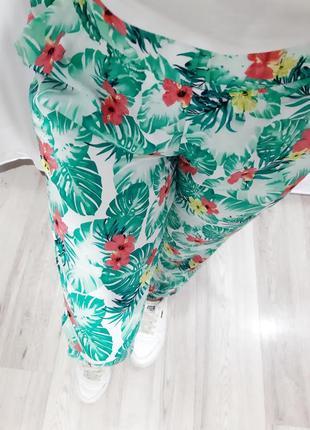 Летние брюки с листьями монстеры, летний принт, листья