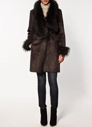 Дубленка/пальто/на запах/шикарный воротник