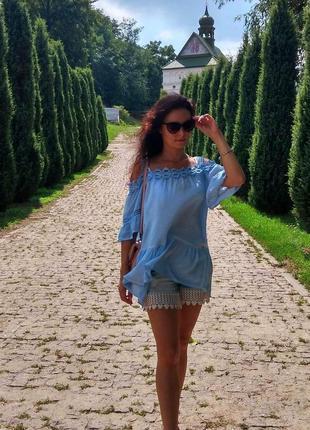 Туника городская пляжная блуза голубая платье кружевная кружево
