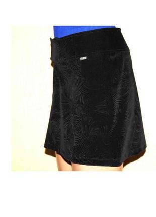 Зарезервирован крутая брендовая юбка трапеция фактурный бархат guess, оригинал! италия s