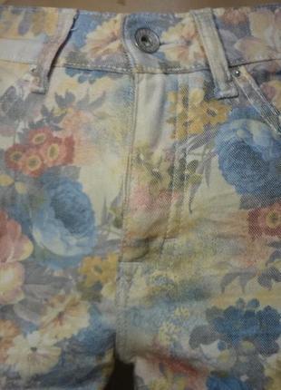 Яркие штанишки/джинсы размер м