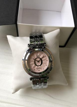 Стильные женские часы)2 фото