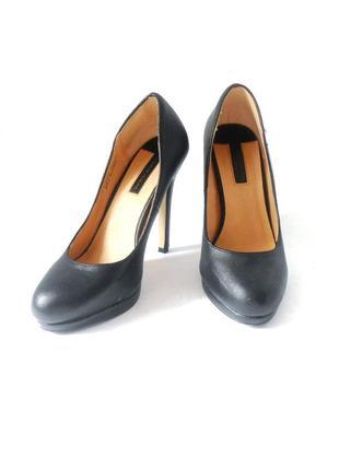 Фирменные туфли на шпильке от бренда dorothy perkins, р.38 код t3892