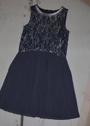 Очень красивое платье юбка плиссе next 7 лет
