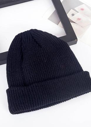 13-231 коротка в'язана шапка трэндовая короткая вязаная шапка